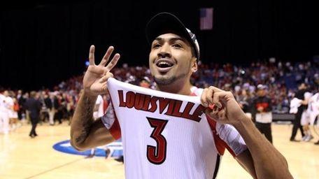 Peyton Siva #3 of the Louisville Cardinals