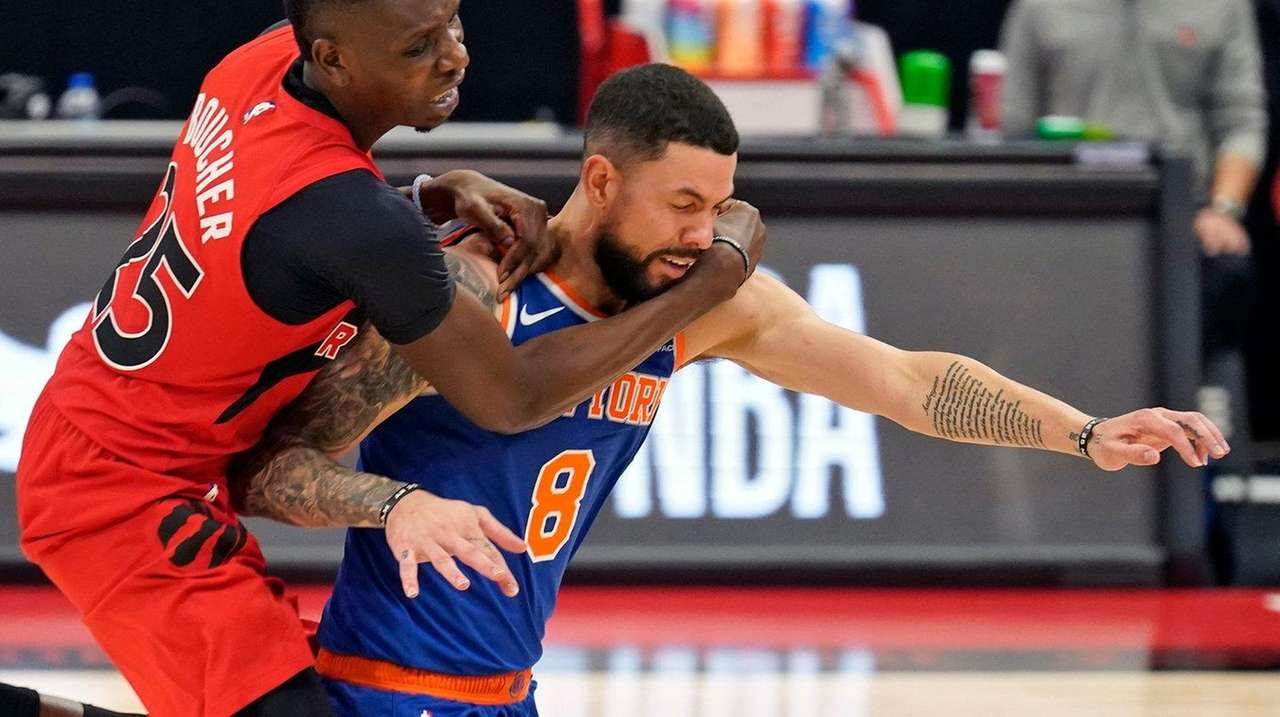 Austin Rivers Makes Knicks Debut Vs Raptors In New Year S Eve Game Newsday