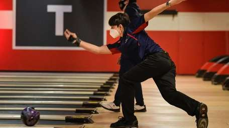 Kevin Ramchandran of the Smithtown boys bowling team