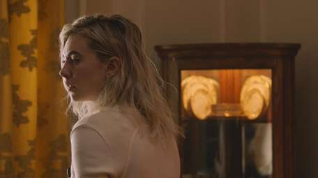 """Vanessa Kirby as Martha in """"Pieces of a"""