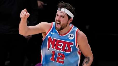 Three-point threat Joe Harris thriving in new role off the Nets' bench    Newsday