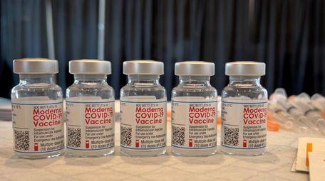 The Moderna COVID-19 vaccine at Stony