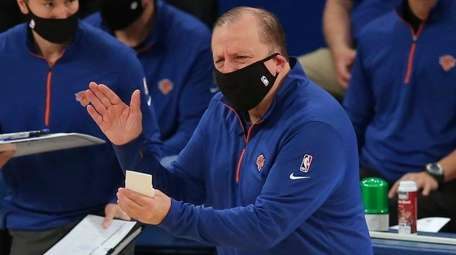 Knicks coach Tom Thibodeau reacts during the first