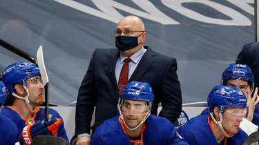 Head coach Barry Trotz of the Islanders looks