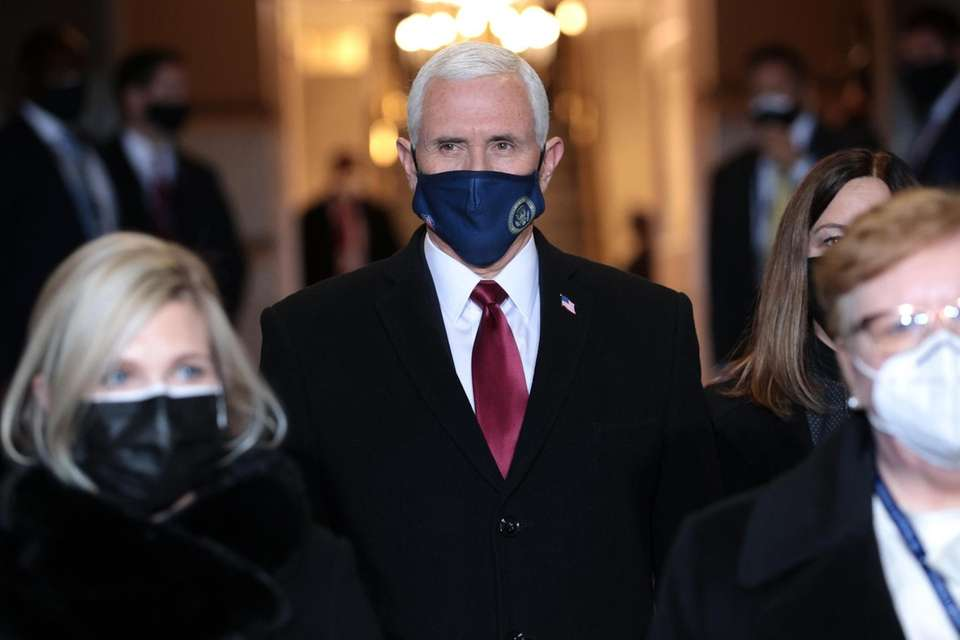 Vice President Mike Pence arrives at the inauguration