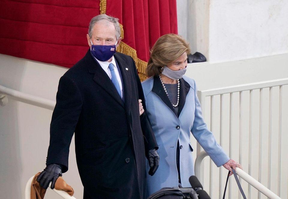 Former U.S. President George W. Bush and Laura