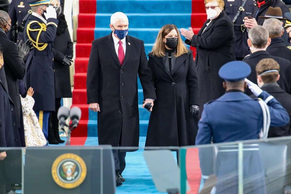 Vice President Mike Pence and Karen Pence arrives