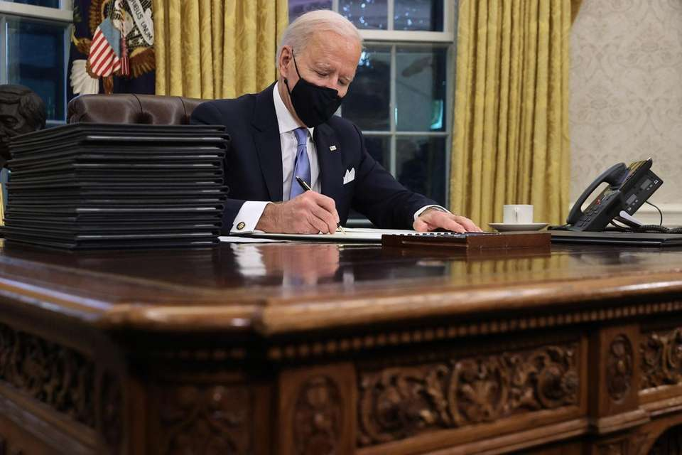 WASHINGTON, DC - JANUARY 20: U.S. President Joe