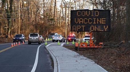 A COVID-19 state-run vaccine site at Stony Brook