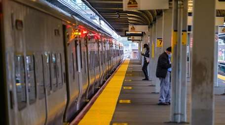 The LIRR's Jamaica station during morning rush hour