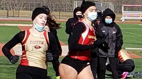 Gillian Barres, left, and Lauren Trejo, right, run