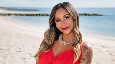 "Nicole ""Snooki"" Polizzi will host the ""Beach Cabana"