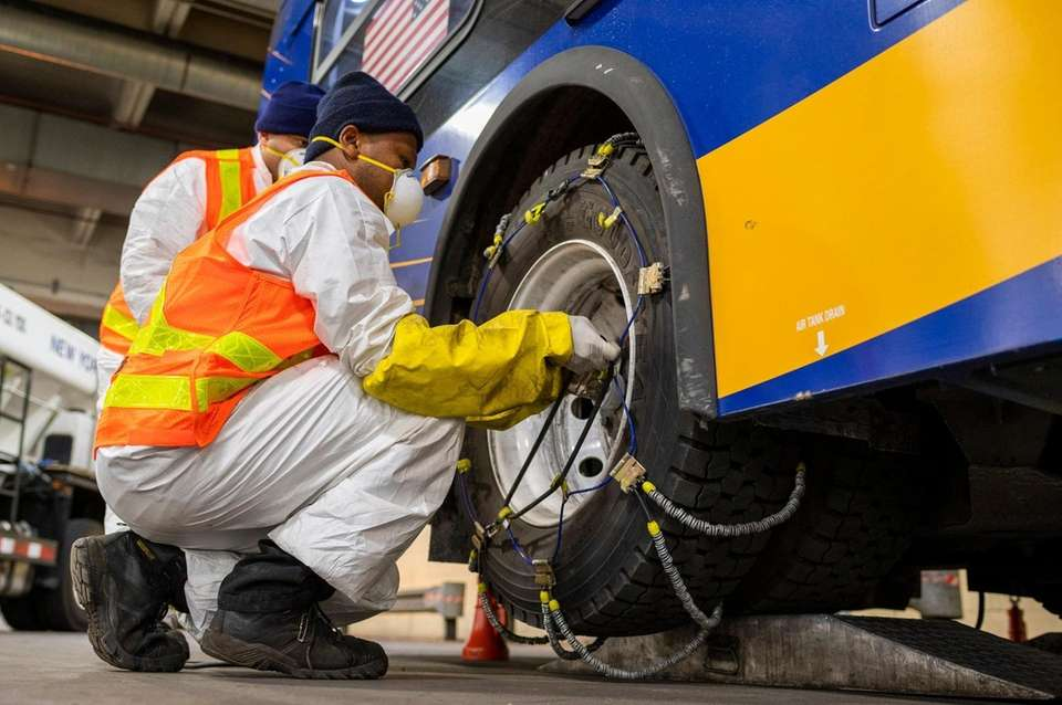 MTA employees add chains to New York City