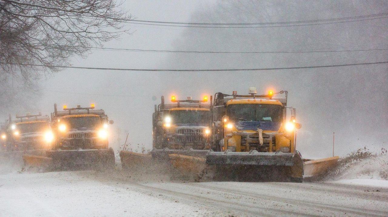 Plows work to clear Veterans Memorial Highway in