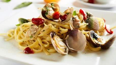 Linguini with clam sauce at Cafe Testarossa in
