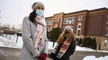 Laurie Pisciotta, left, and Karen Wontrobski-Ricciardi are urging