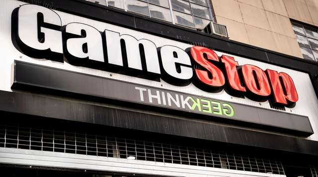A GameStop store on 14th Street at Union
