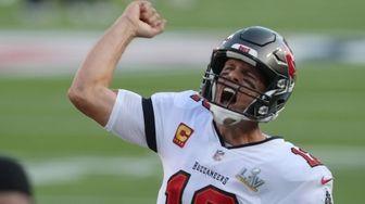 Tampa Bay Buccaneers quarterback Tom Brady gets fired