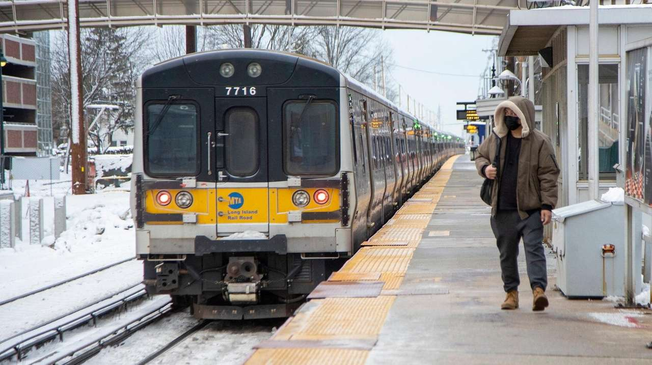 A train pulls into the LIRR station in