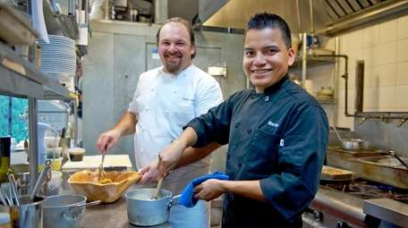 Chef Arie Pavlou, owner of Bistro Ete in
