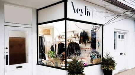 Ney Tiv is a natural day spa boutique