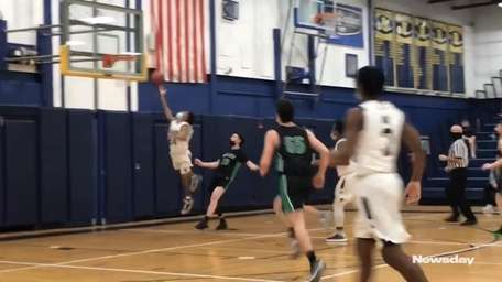 Baldwin defeated visiting Farmingdale, 61-36, in Nassau Conference