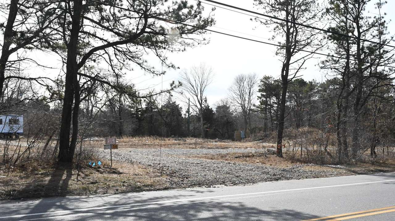 Suffolk County and Southampton Town officials raised objections