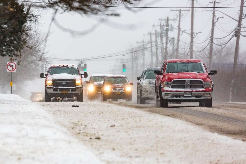 Eastbound traffic along Jericho Turnpike in Commack Thursday,