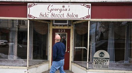 Georgia's Side Street Salon, on Pulaski Street in