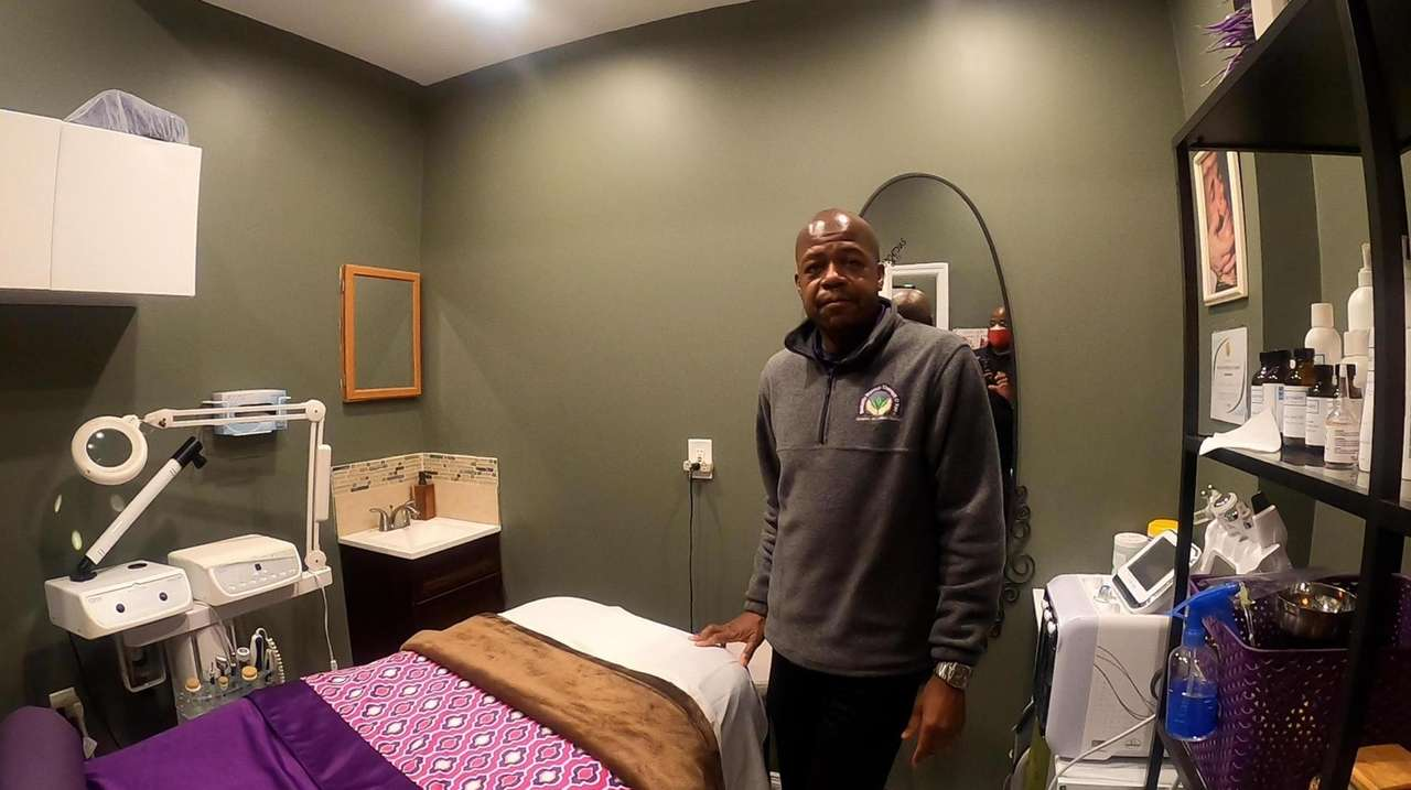 Cameron Richards is the owner of Somatic Massage