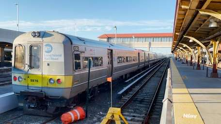 Schedule changes are coming to the LIRR next