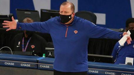 Knicks head coach Tom Thibodeau reacts as he