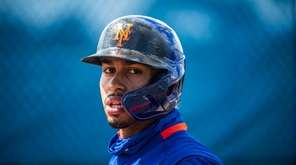 Francisco Lindor during a Mets spring training workout