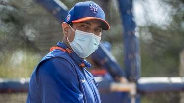 Mets manager Luis Rojas at a spring training