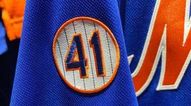 The Mets will wear the number 41 patch