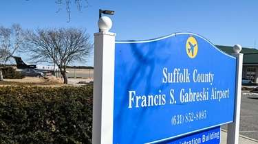Neighbors of Gabreski Airport in Westhampton Beach say