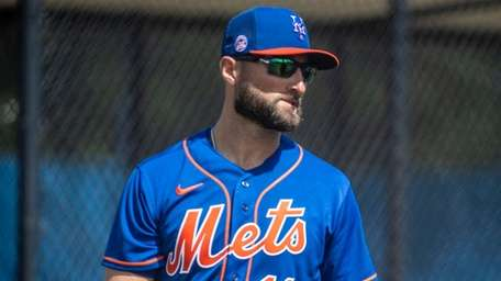 Mets' Kevin Pillar during a spring training workout