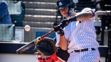 Yankees' Gary Sanchez bats against the Philadelphia Phillies