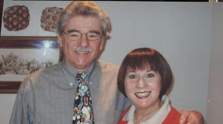 Judy and Paul Umansky, of East Hills, pictured