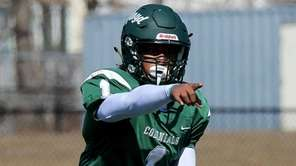 William Floyd QB LaDuke Harris makes adjustments to