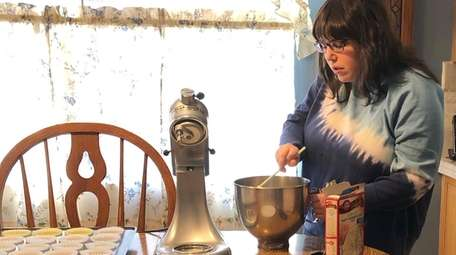 Sarah Geiser, of Belle Terre, has been baking