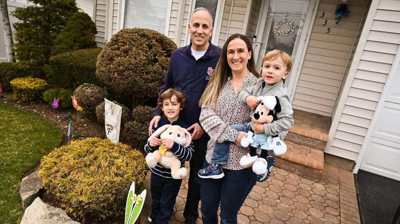 Families across Long Island are set to gather