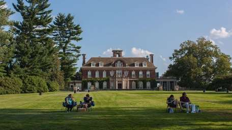 Old Westbury Gardens reopens for the season this
