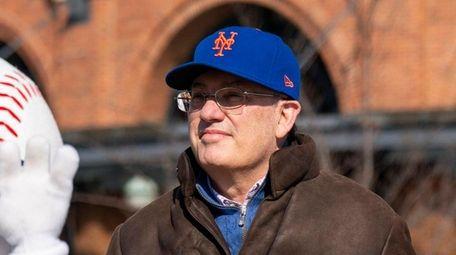 New York Mets owner Steve Cohen attends the
