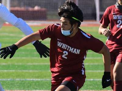 Whitman #2 Steven Flores and Brentwood #5 Kelbis