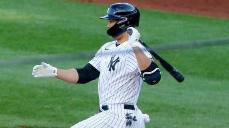 Giancarlo Stanton, 0-for-8 in Yankees' first two games,