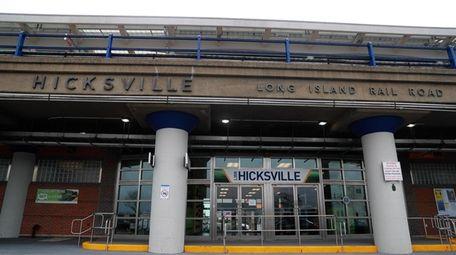 Newsday transportation reporter Alfonso Castillo explores how the