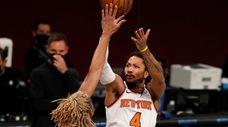 Derrick Rose #4 of the New York Knicks