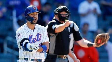 Michael Conforto #30 of the Mets is awarded