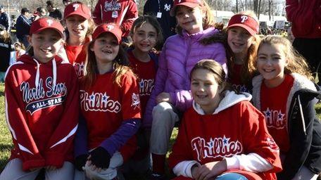 The Phillies softball division celebrates the North Shore
